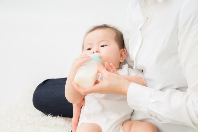 生後 1 ヶ月 ミルク トータル 量