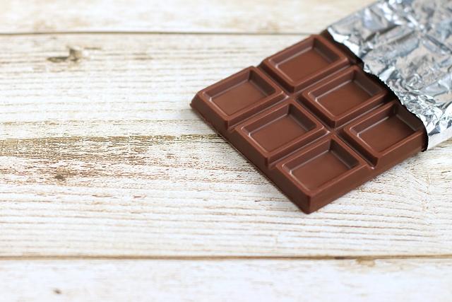 チョコ 固まら ない 生